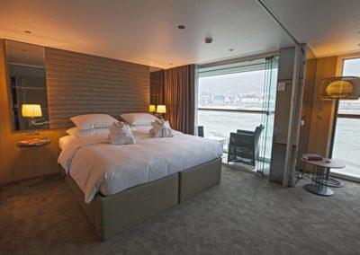 sc-suite-royalBalconySuite5