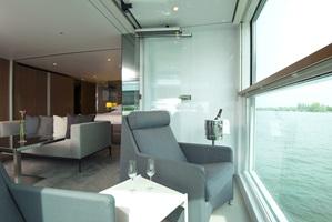sc-suite-royalPanoramaSuite1